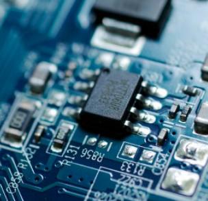 美国垄断全球95%以上操作系统市场份额
