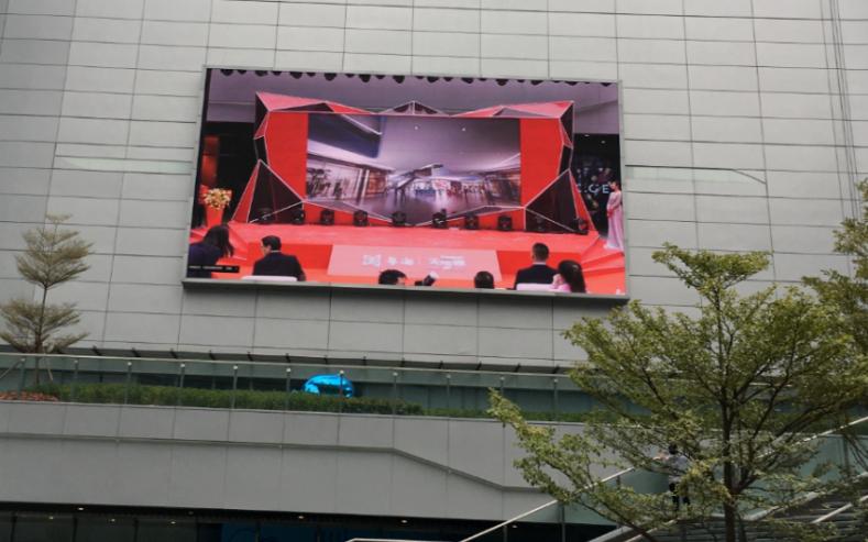 洲明倾力打造4块总计千余平米LED大屏,再造广州网红新地标