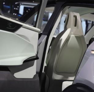 调查报告发现特斯拉Model X无故自动加速?
