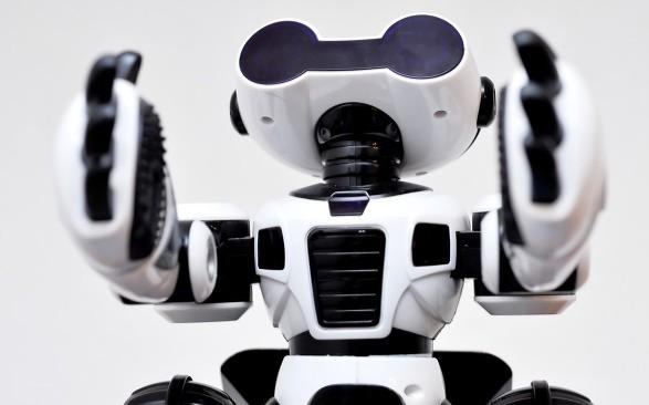 电话机器人的原理及其高速发展原因