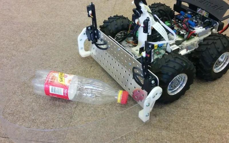基于树莓派的自动回收瓶子的智能机器人设计方案