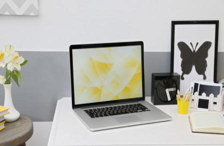 苹果MacBook Pro采用平面直角设计