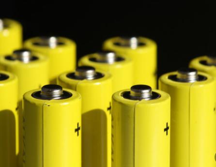 蔚来的固态电池技术还需十年量产