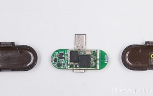 支持USB Type-C接口PD快充的任天堂游戏机蓝牙发射器拆解
