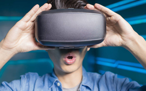 "5G催生全球VR""复生潮"" 我国VR发展迎来三重..."
