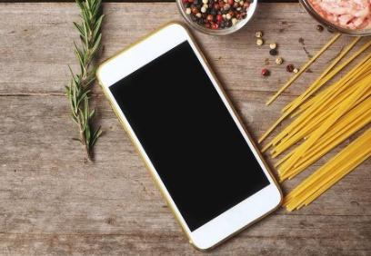 黑莓向华为出售90项手机技术专利