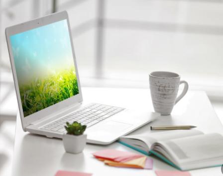 三星OLED笔记本电脑屏占比高达93%
