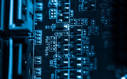 三极管和继电器之间的区别是什么