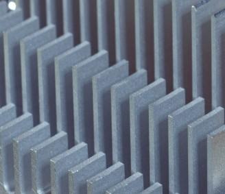 高通正开发被称为骁龙SC8280电脑芯片