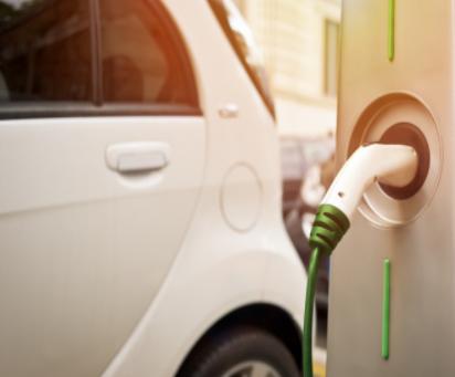 电动车全面替代燃油车的时机已成熟