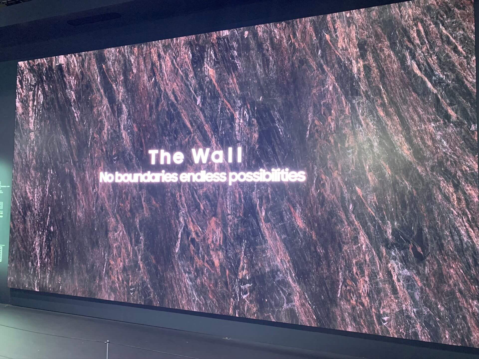 CES 2020:巨型8K屏幕——AI和摄像头无处不在