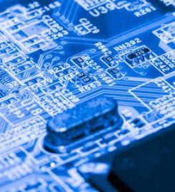 在芯片设计中,EDA软件是不可或缺的