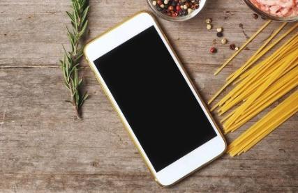 苹果将在下半年发布iPhone SE Plus