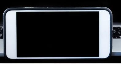 vivo X60系列超大杯亮相,冲击6000元市场