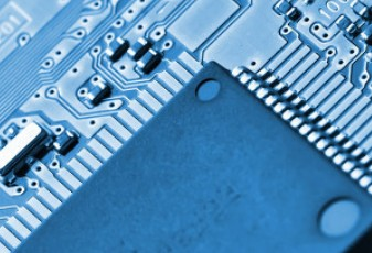 PC业务推动英特尔Q4营收利润超预期