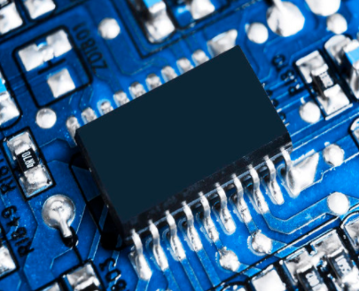 Intel在2021年或擴大芯片制造外包