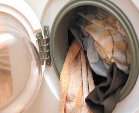 浅谈不同洗衣机的清洗方法
