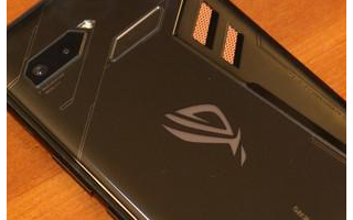 华硕将再次为ROG Phone 4提供6000mAh电池容量