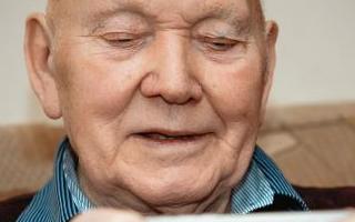 使用患者面部的照片来准确检测与年龄有关的认知障碍