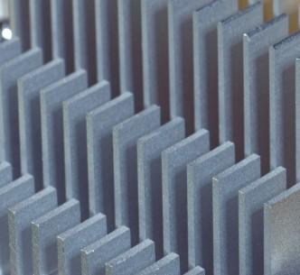 哪些新兴应用更适合采用FPGA,而非传统标准芯片或ASIC?