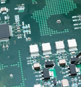 2020年美国芯片制造商的销售额达2080亿美元
