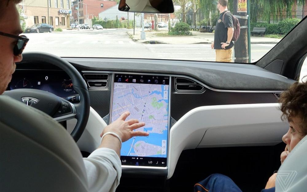 特斯拉国内召回部分进口 Model S、Model X 电动汽车,共计约 3.5 万辆