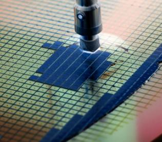 """半导体的全球短缺状况愈加严重 芯片正成为""""新石油"""""""