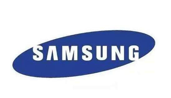 三星Galaxy S21 5G手机采用塑胶后盖的轻薄化设计