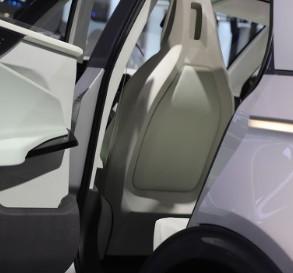 现代首款车型IONIQ 5动力配置、续航能力揭晓