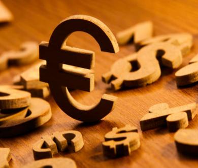 比特币遭遇短线暴跌,超240亿元消失