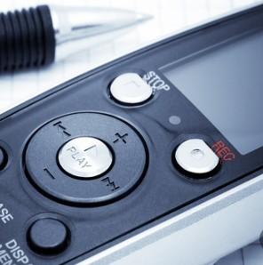 科大讯飞推出宝石蓝智能录音笔并在京东开售