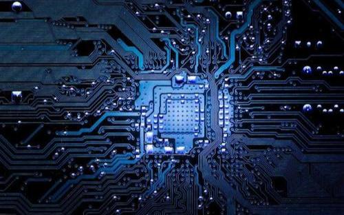 拜登簽署行政法案 加強審核100天解決供應鏈芯片短缺