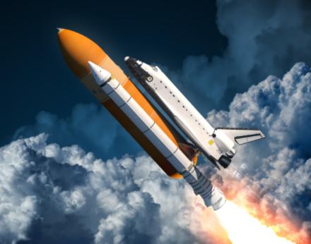 中国首个3.35米直径火箭长筒段贮箱成功问世