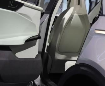 小鹏汽车交付新车同比蔚来汽车环比下降63%