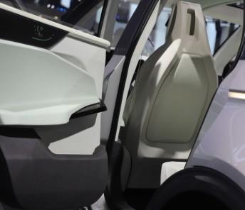 特斯拉计划凭借FSD方案实现完全自动驾驶