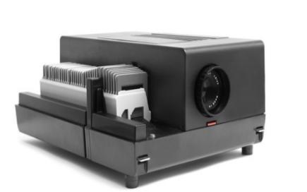 新型led投影仪借助ToF技术实现即时自动对焦且便于携带