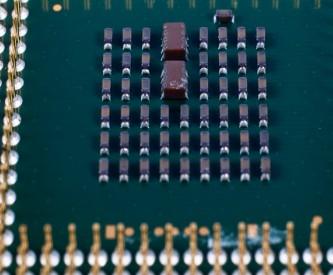 全球半导体遭遇大缺货 DRAM芯片合约价持续上涨