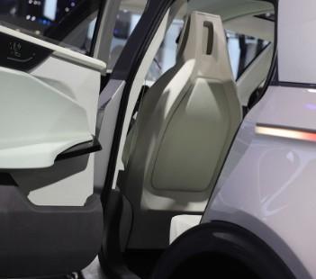 """本田搭载L3级自动驾驶技术汽车""""Legend""""正式发售"""