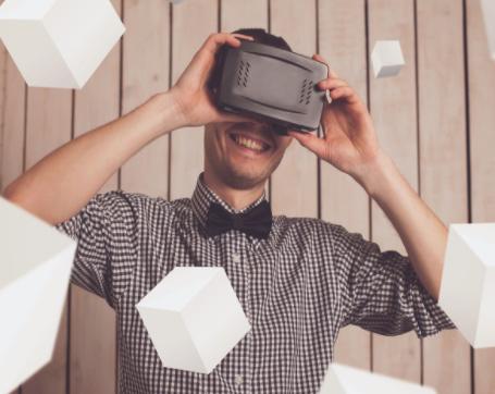 谷歌宣布淘汰Cardboard VR纸板眼镜