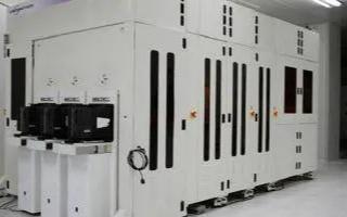 中国半导体制造商正在加紧采购旧的芯片制造设备