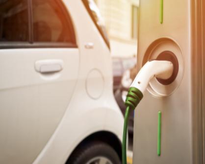 特斯拉谈充电比换电更适合电动车,蔚来回应