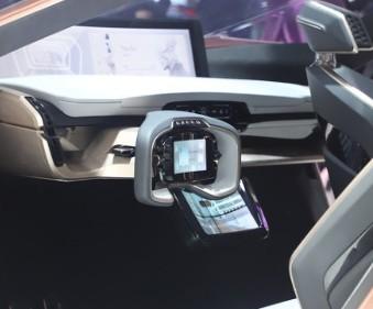 全球271.5万女性网约车司机在滴滴平台获得收入