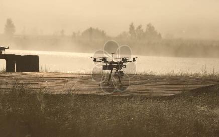 多旋翼和固定翼无人机各自有哪些区别和优缺点呢?