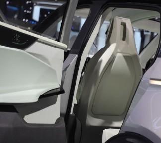 我国新能源汽车产销量连续6年蝉联世界第一