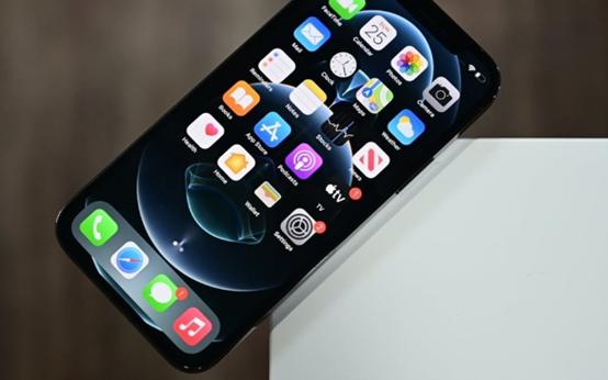 苹果准备将 10% 的 iPhone 12 生产从中国转移到印度
