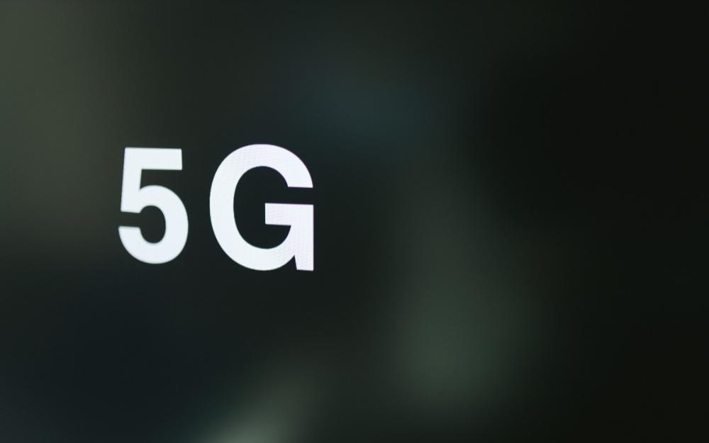 美國加強對華為5G設備供應的限制;高通基帶芯片產能也因雪災受阻…