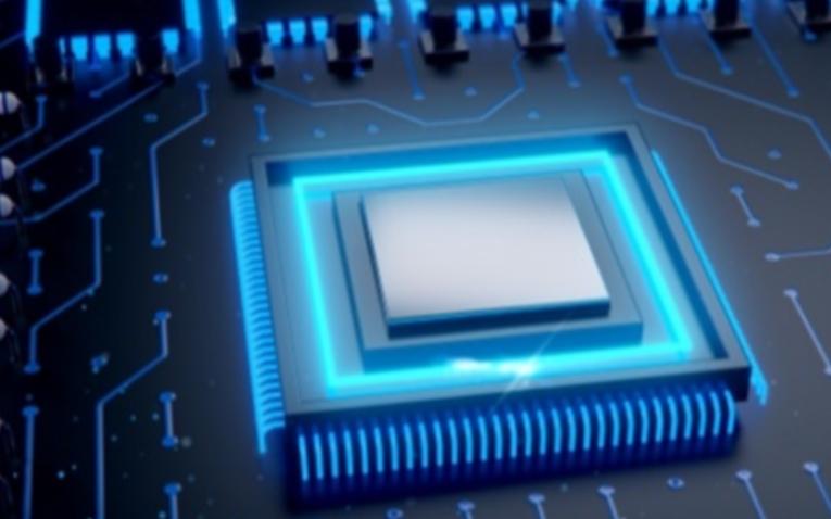 存储市场冰火两重天!DRAM和NAND芯片紧缺,国产厂商如何抢占先机?