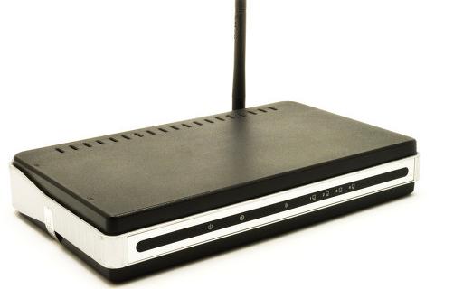 華碩與騰訊聯合打造的RT-AX82U騰訊電競定制版路由器正式推出