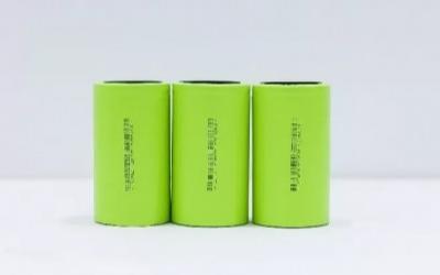 中国厂商比克电池率先发布 4680 圆柱电池,进度远超特斯拉、LG 化学
