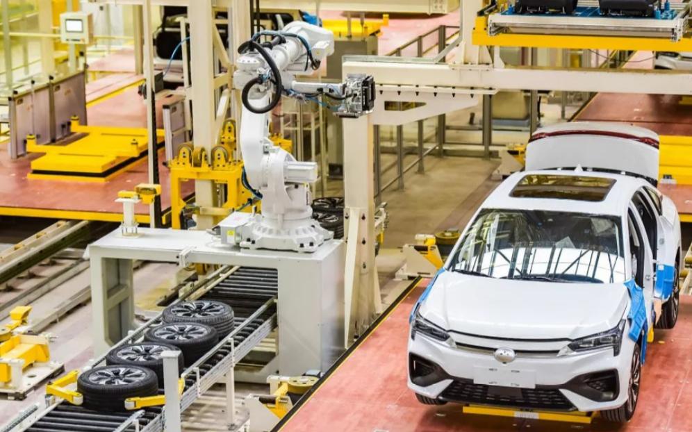 2020年全球电动汽车销量猛增39%  汽车芯片短缺将导致中国减产30万辆汽车